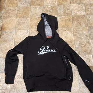 Women's Puma Black Pullover Hoodie. Size Medium
